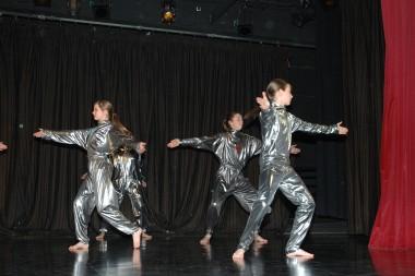 2010_16